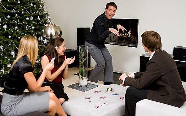 Сценарий на Новый год 2012.  Новогодние.
